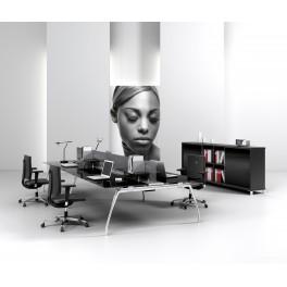 Bureaux opératifs Inspira en verre noir composition 4 postes