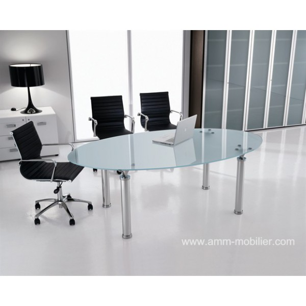 table de r union ovale en verre studio. Black Bedroom Furniture Sets. Home Design Ideas