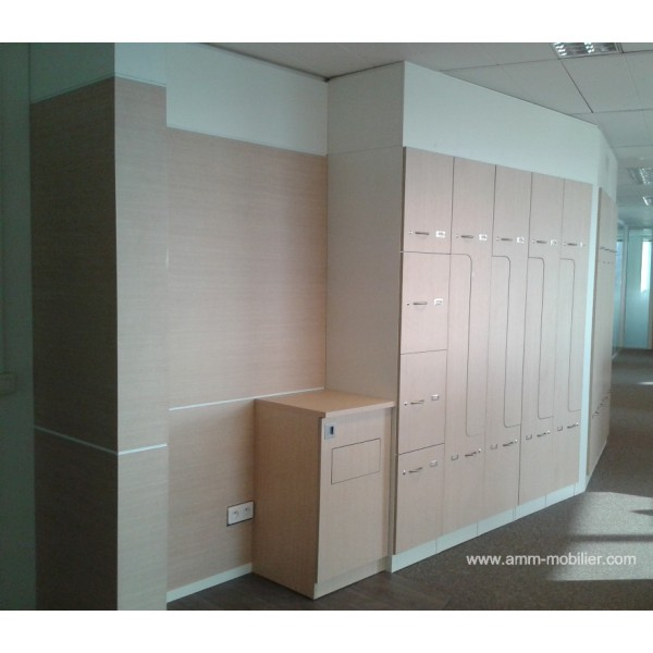 armoire sur mesure encastr e finition rable taki et blanc. Black Bedroom Furniture Sets. Home Design Ideas