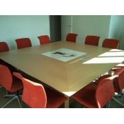 Table de réunion carrée gamme Bois, placage chêne naturel