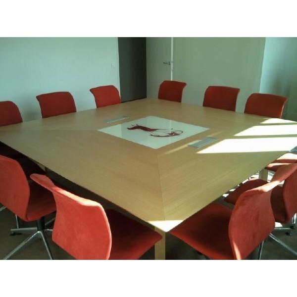table de r union carr e gamme bois placage ch ne naturel. Black Bedroom Furniture Sets. Home Design Ideas